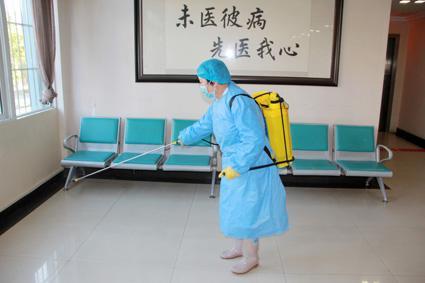 全力抗疫情,昆明东大肛肠医院分时段就
